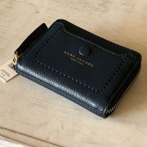 Marc Jacobs Empire City Mini Zip Around Wallet NWT